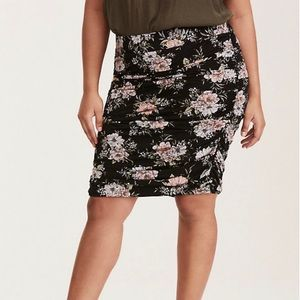 Torrid Floral Print Shirred Jersey Knit Mini Skirt